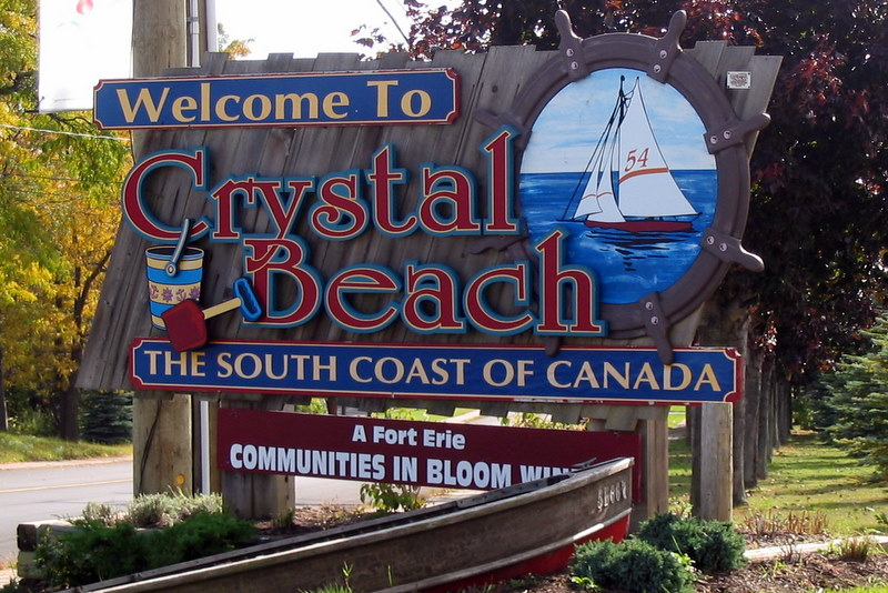 Crystal Beach Lakefront Rentals Home